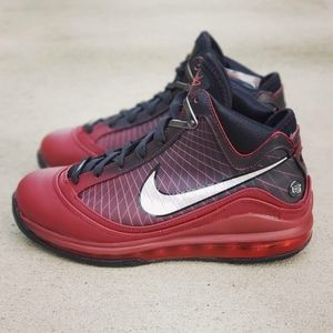 Nike LeBron 7 VII Christmas Lakers Black Red Shoes